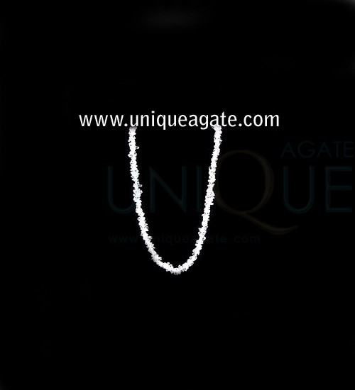 Crystal-Quartz-Chips-Neckla