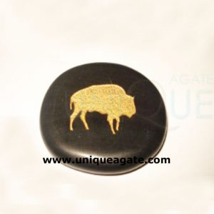 Black-Agate-Palm-Stone-With