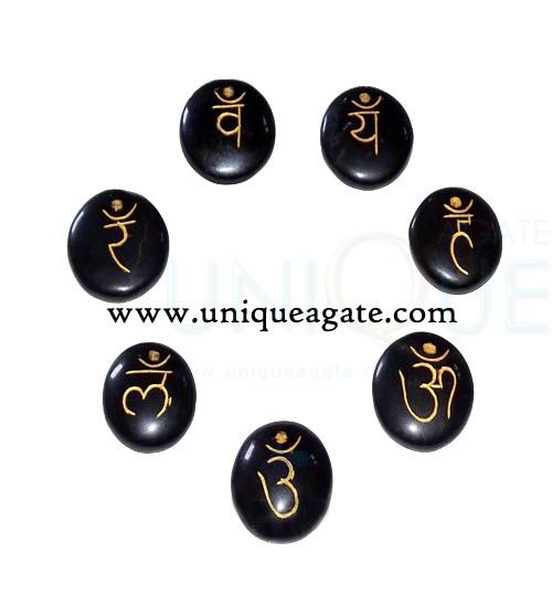 black-agate-engraveddd-sans