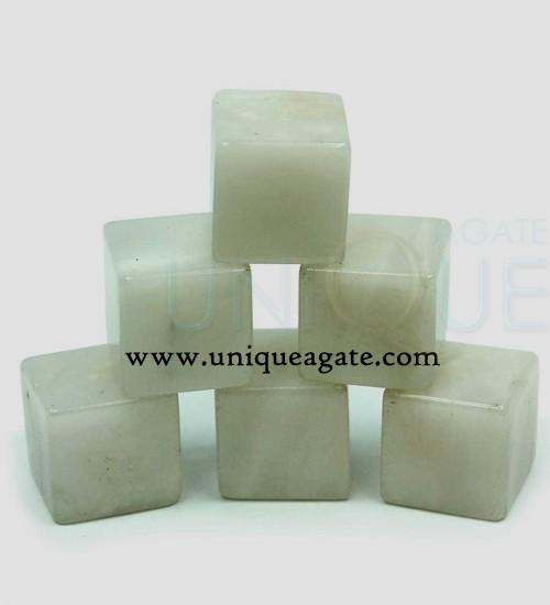 white-aventurine-cubes
