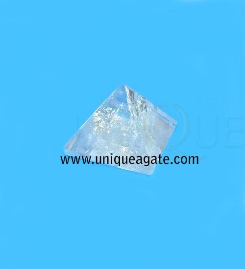 Crystal-Quartz-Pyramid