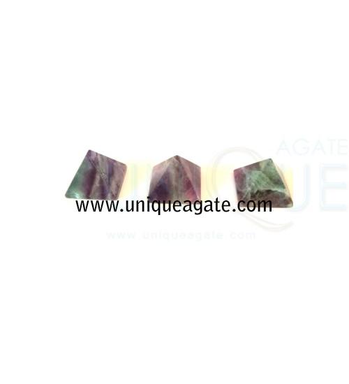 Fluorite-Pyramid