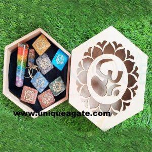 Wholesale natural crystal healing orgone wooden box set chakra meditation kit